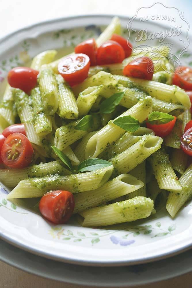 makaron_z_pomidorkami_i_pesto_2