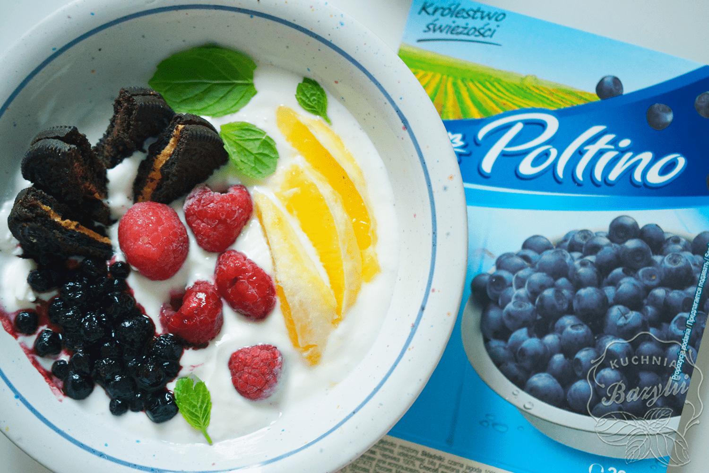 jogurt-naturalny-z-owocami_2