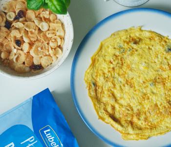 omlet-z-platkami-ryzowymi_2