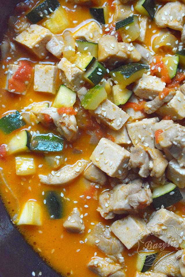 Kurczak Z Tofu I Warzywami Zobacz Przepis Na Smaczne Danie
