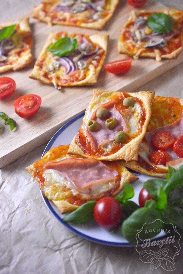 Przepis Na Mini Pizze Z Ciasta Francuskiego Z Szynką