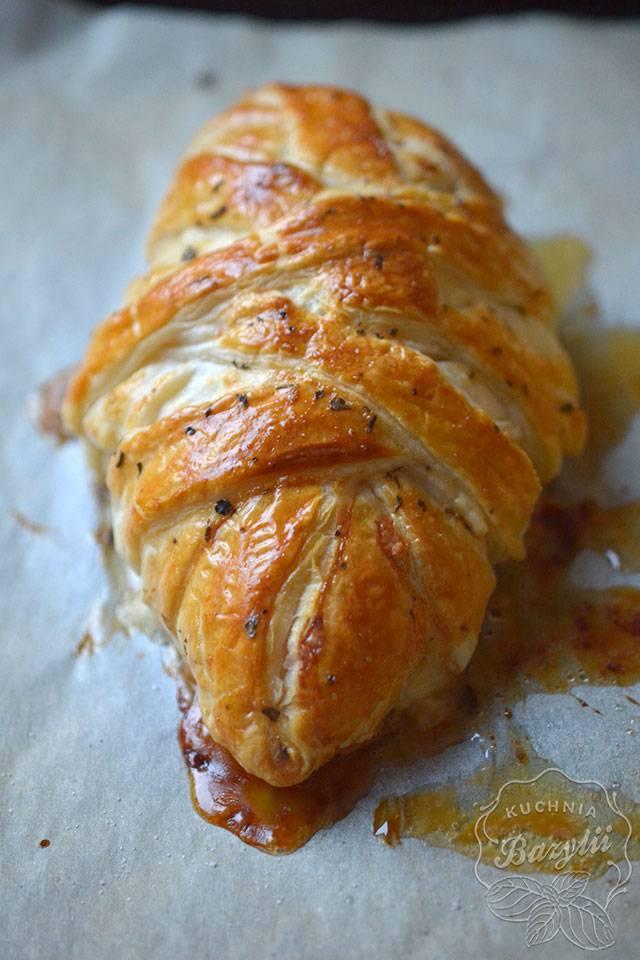 pierś kurczaka w cieście francuskim