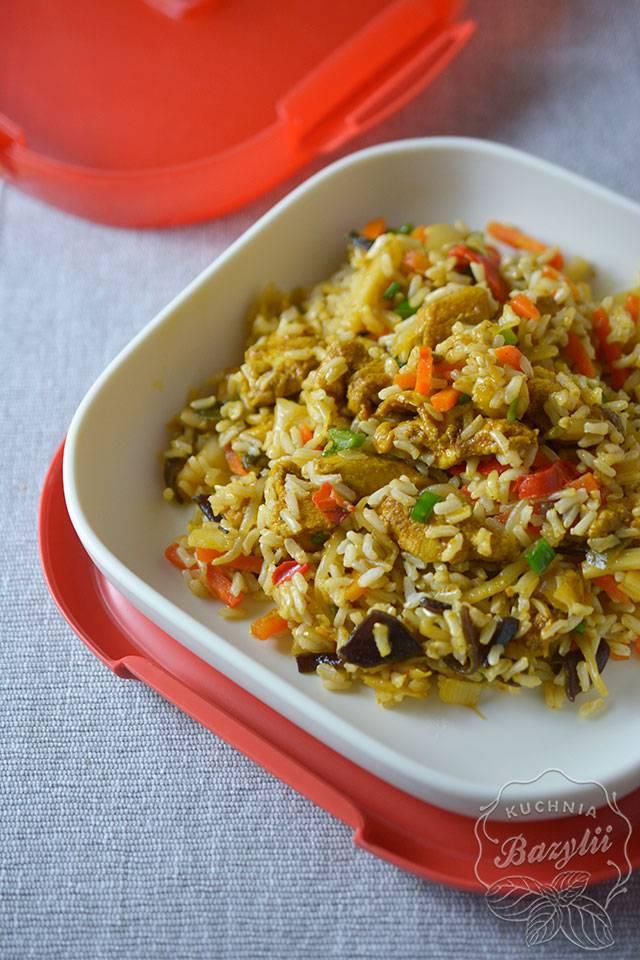 Przepis Na Ryż Z Kurczakiem I Mieszanką Chińską