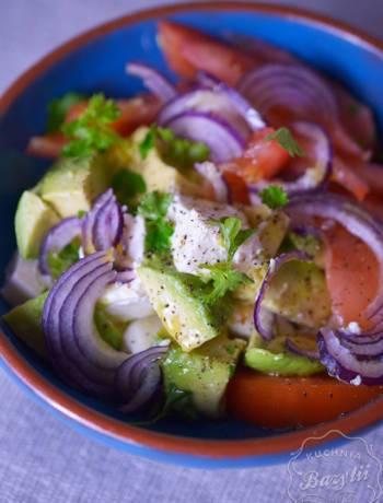 Sałatka z awokado i serem feta